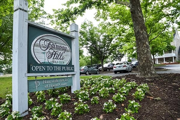 Fairway Hills sign